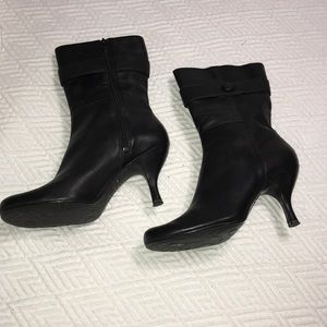 🌠Women's Kenneth Cole Reaction leather boots